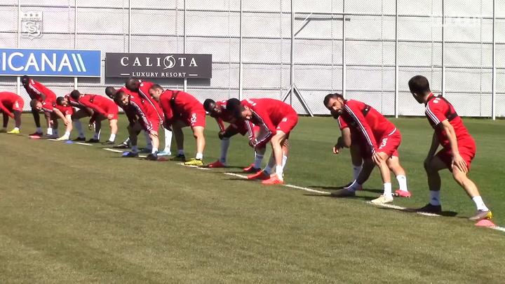 Sivasspor Antrenmanlarına Devam Ediyor