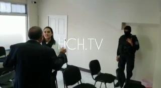 El romántico reencuetro de Pepe Lobo y Rosa Elena Bonilla en los juzgados