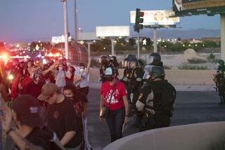 Sisolak calls for investigation into arrests at Las Vegas Strip protest – VIDEO