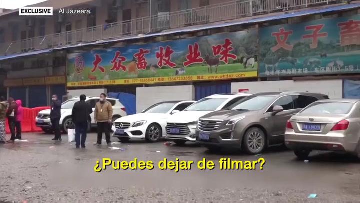 El vídeo que muestra cómo el gobierno chino trató de encubrir el brote de COVID-19 en Wuhan