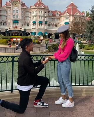 Mauricio Dubón propone matrimonio a su novia en París