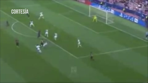 Barcelona goleó 4-0 al PSV en la Champions League