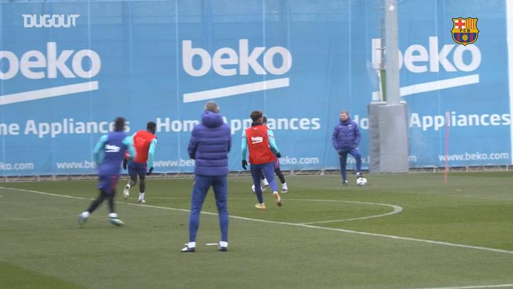 Alex Collado novedad en el entrenamiento del primer equipo