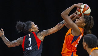 Las Vegas Aces fall to the Connecticut Sun, 80-74 – Video