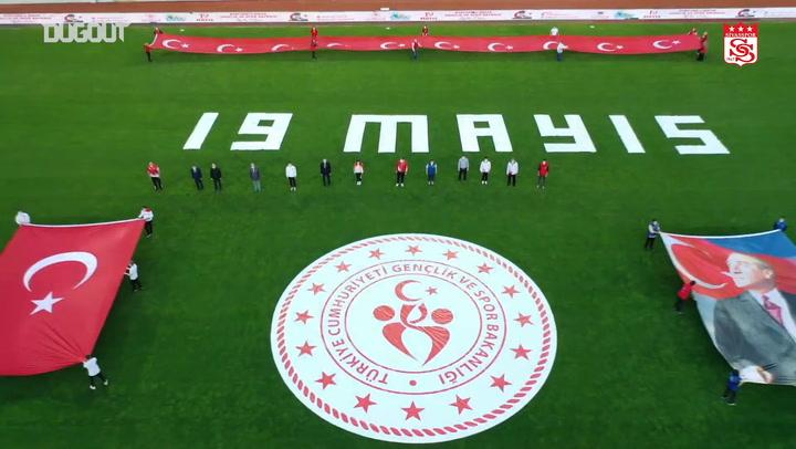 Sivasspor Stadyumu'nda 19 Mayıs Coşkusu