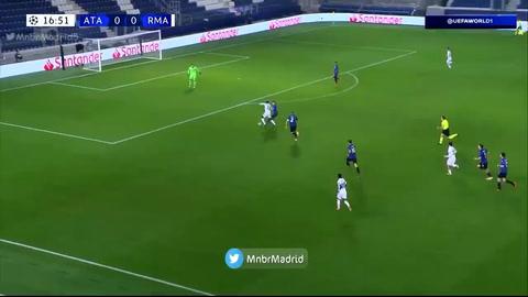 La injusta expulsión a Remo Freuler en el Atalanta - Real Madrid