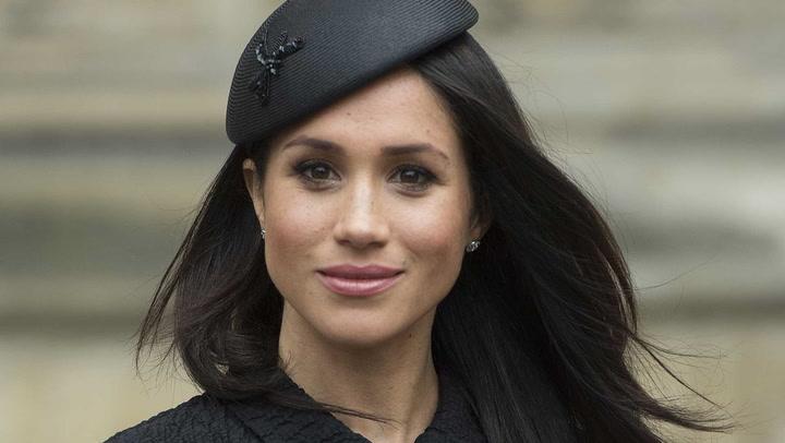 Buscando una tiara para Meghan