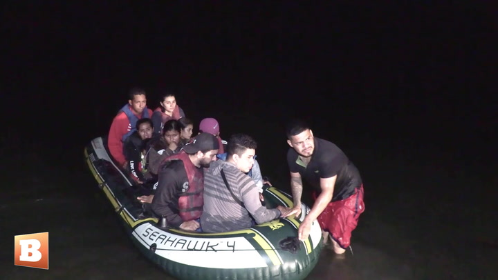 200 Migrants Cross into South Texas on Rafts