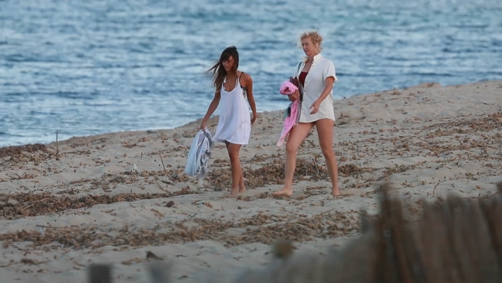 Ana Duato y Aitana Ocaña, la complicidad de \'suegra\' y \'nuera\' durante su estancia en Ibiza