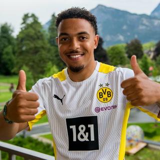 Borussia Dortmund ficha al reemplazo de Jadon Sancho por 30 millones de euros