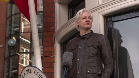 EEUU anuncia 17 nuevos cargos contra Julian Assange