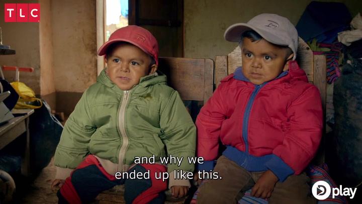 Utroligt! Verdens mindste teenage-brødre ligner små børn