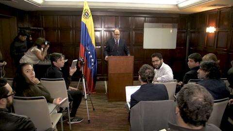 Representante de Guaidó pide incrementar presión contra Maduro