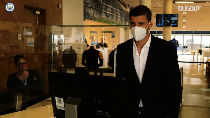 Behind the scenes: Rúben Dias arrives at Manchester City