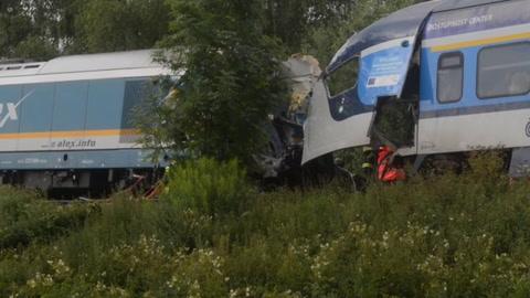 Muertos y decenas de heridos en choque de trenes en República Checa