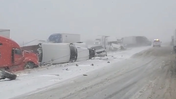 Massive crash snarls traffic on Texas interstate amid icy conditions