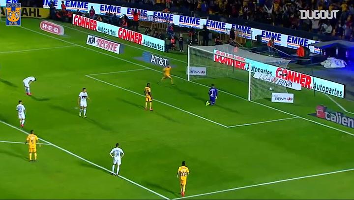 Pierre Gignac'ın Pumas'a Attığı Harika Gol