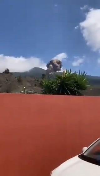 VIDEO: Volcán Cumbre Vieja hace erupción en Islas Canarias
