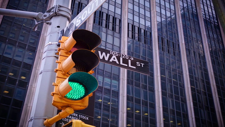 'Coin Toss' Panel of Early Crypto Researchers Evaluates Coinbase's Wall Street Debut