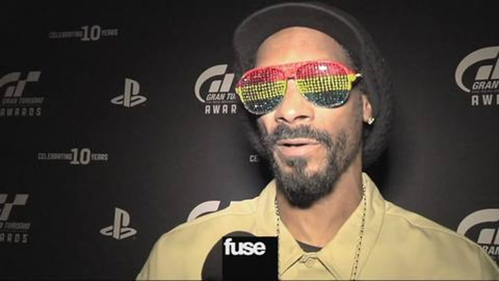 Snoop Dogg Endorses Obama & Gran Turismo