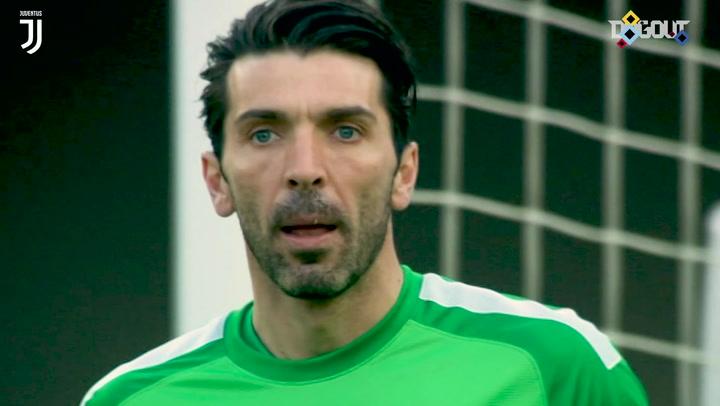 Buffon denies Luca Toni with incredible save