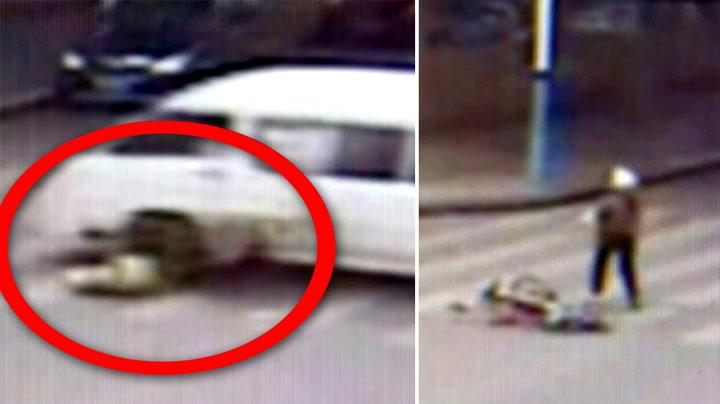 Scooter-sjåføren feies over ende av løpsk minibuss
