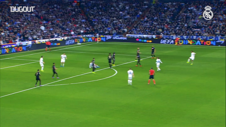 Incredible Goals: Casemiro's Volley Vs Napoli In Champions League