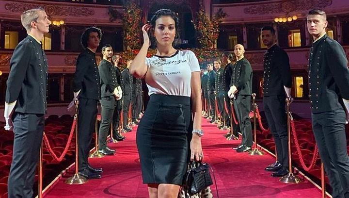 Tremenda confusión con Georgina Rodríguez en una alfombra roja