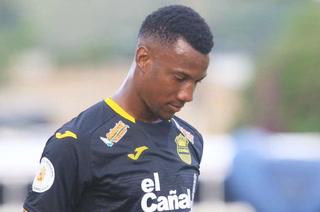 Darixon Vuelto sufre lesión muscular y es duda para el juego ante Olimpia
