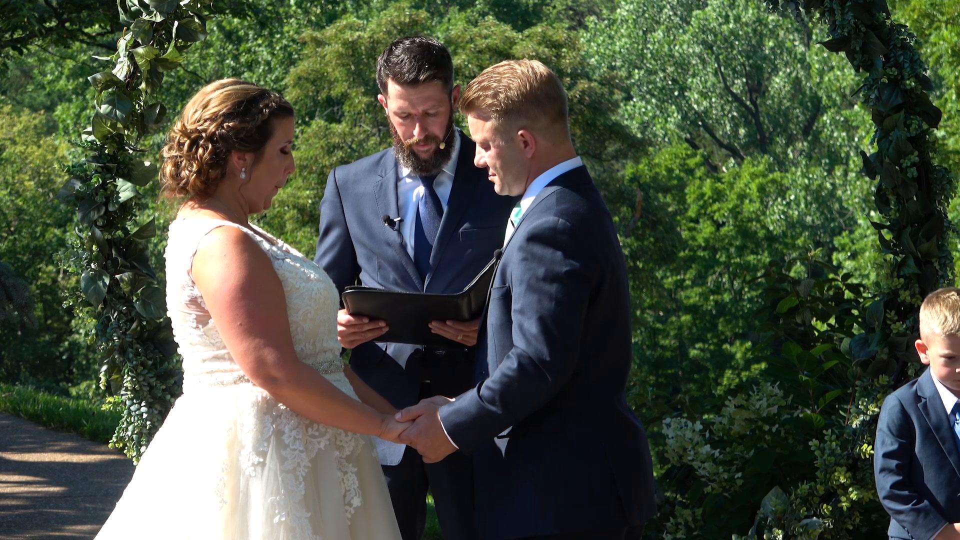 Melissa + MacDonald | Pacific, Missouri | Haue Valley Weddings And Events