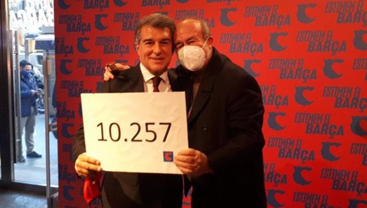 Laporta superará las 10.000 firmas