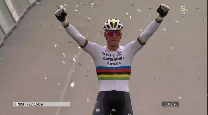Mathieu Van der Poel ha logrado una nueva victoria en la Copa del Mundo de Ciclocross