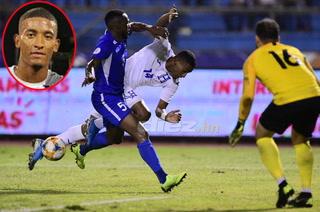 Douglas Martínez asegura que se refuerza de confianza por su debut en la Selección de Honduras