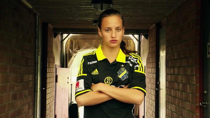 Nathalie Björn, centrocampista del Rosengard