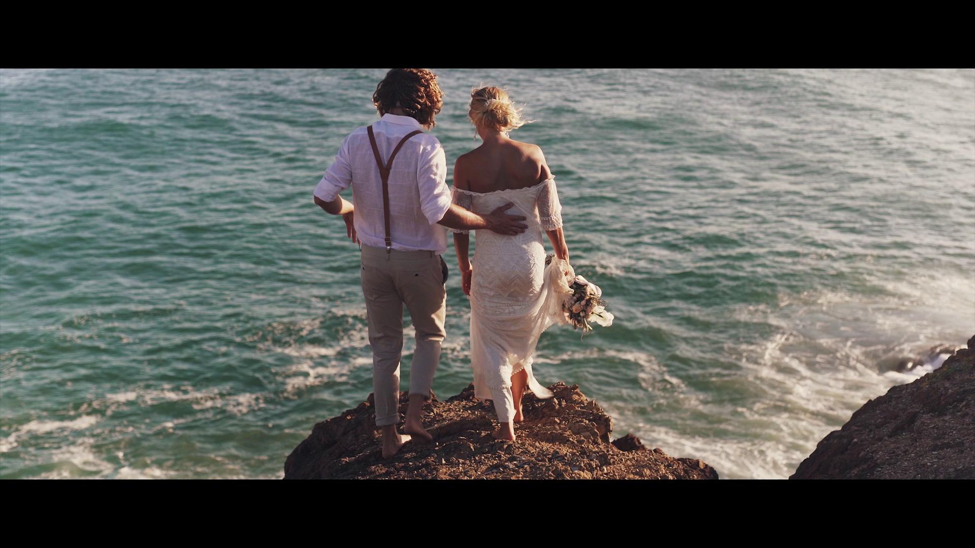 Juda + Lillie | Sapphire Beach, Australia | a mountaintop