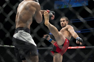 Covering The Cage: Live Interview With Elias Theodorou