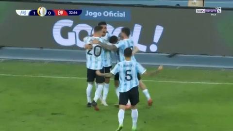 Eduardo Vargas anota el 1-1 de Chile frente a Argentina (Copa América)
