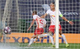 Dani Olmo marca el 1-0 del Leipzig ante el Atlético de Madrid