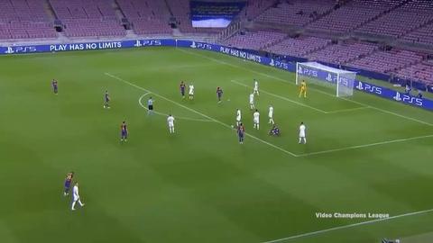 Video: La espectacular jugada de Messi que terminó anotando de penal