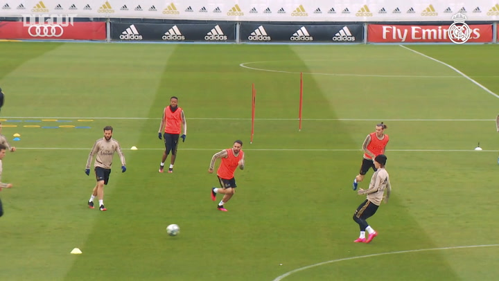 Real Madrid's final training session ahead of El Clásico