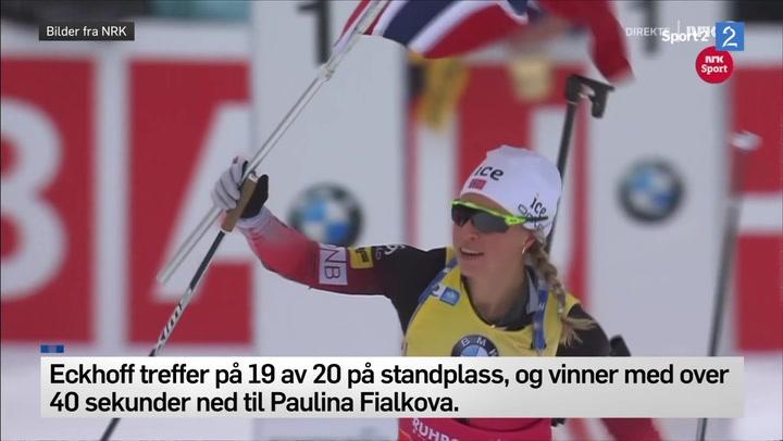 Eckhoff bærer det norskeflagg til seierstreken