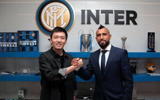 Arturo Vidal deja el Barcelona y ficha por el Inter de Milan para reencontrarse con Conte