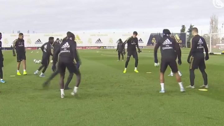Entrenamiento del Real Madrid antes del encuentro ante el Espanyol