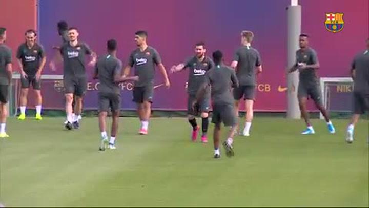 Último entrenamiento del Barça antes de viajar a Dortmund