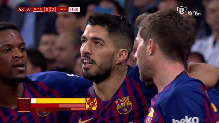 Copa del Rey: Real Madrid-Barça. Gol de Varane en propia puerta (0-2 p.p.)