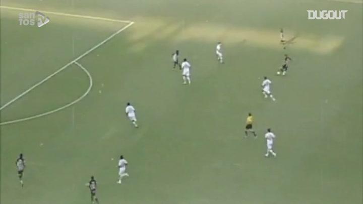 Robinho's incredible backheel goal vs São Paulo