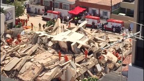 Al menos un muerto y tres heridos en derrumbe de edificio en Brasil