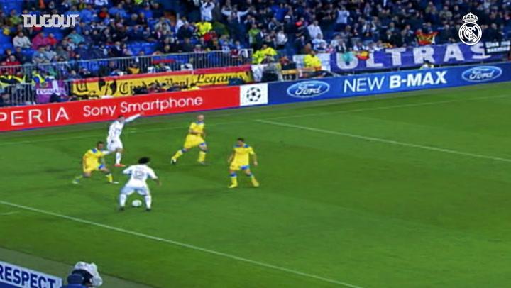 Kaká mostró magia en la Champions League