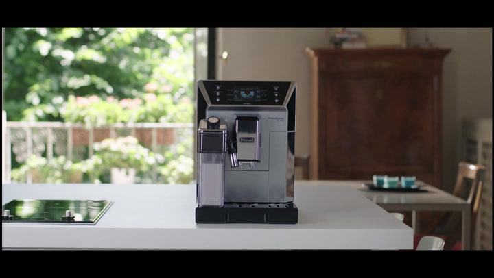 Preview image of DeLonghi PrimmaDonna Class Bean to Cup Coffee Mach video