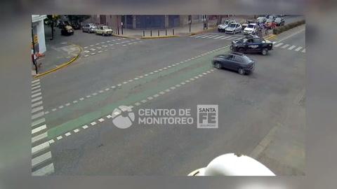 El video del choque que terminó con la huída de ladrones en Pellegrini y Cafferata